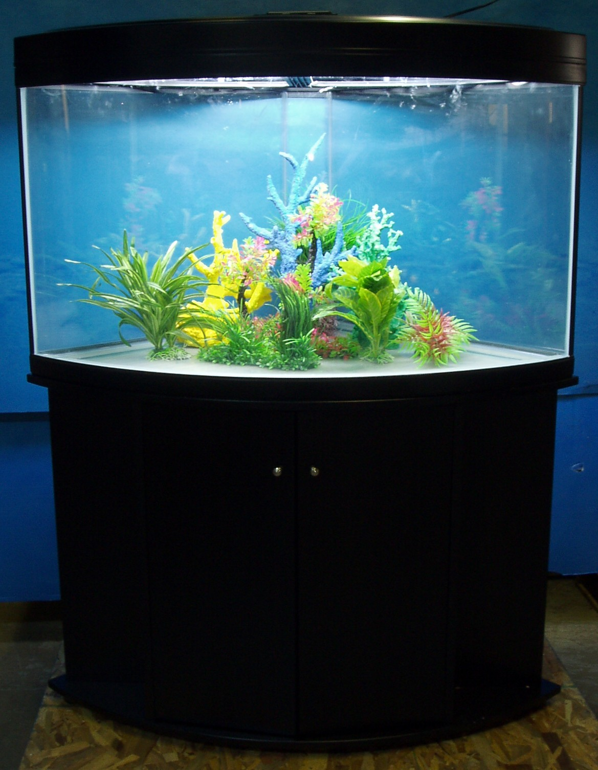 GV 80 gallon corner (1/4 cylinder), available in either black or pecan ...