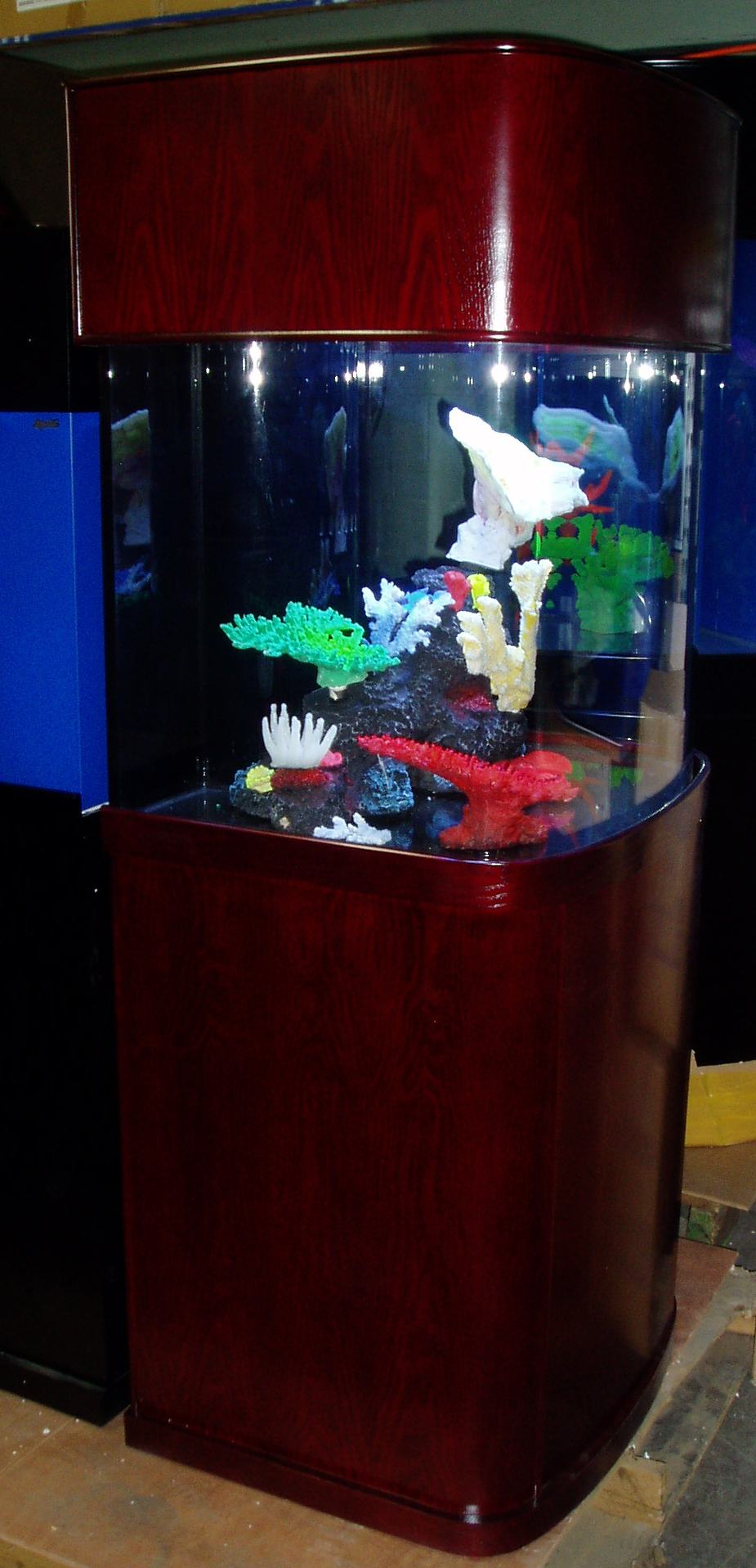 Ov cube for 55 gallon corner fish tank